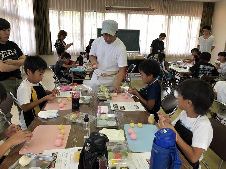 和菓子作り1.JPG